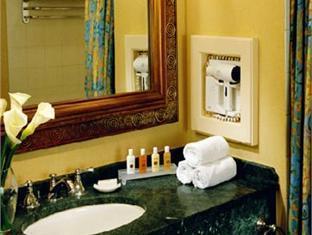Atlantis Royal Towers Hotel Nassau - Bathroom