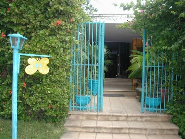 Hostal Real - Los Robles - Hotels and Accommodation in Nicaragua, Central America And Caribbean