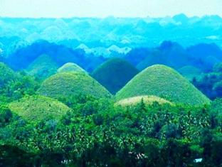 Eskaya Beach Resort and Spa Bohol - Surroundings - Chocolate Hills