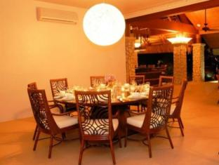 Eskaya Beach Resort and Spa Bohol - Dining at Lantawan Restaurant