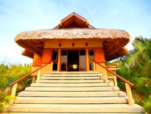Eskaya Beach Resort and Spa Бохол - Оточення