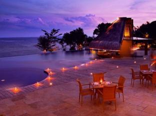 Eskaya Beach Resort and Spa Bohol - Uima-allas