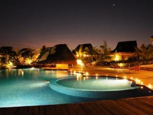 Eskaya Beach Resort and Spa Bohol - Uszoda