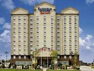 Fairfield Inn and Suites Toronto Airport Hotel