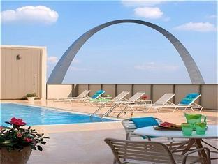 Crowne Plaza St. Louis Downtown Saint Louis (MO) - Swimming Pool