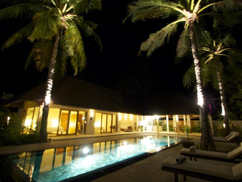 Villa Bahagia - Hotels and Accommodation in Indonesia, Asia