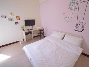 /great-east-gate-hostel/hotel/tainan-tw.html?asq=jGXBHFvRg5Z51Emf%2fbXG4w%3d%3d