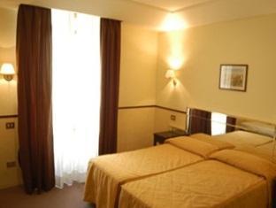Hotel Garda Rom - Gästrum