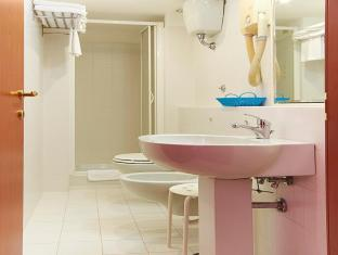 Hotel Capri Rome - Superior Room