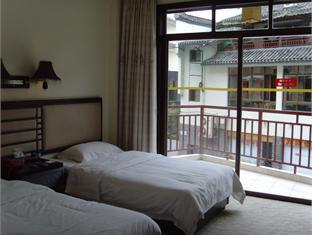 Yangshuo Tangrenjie Hotel - Room type photo