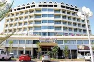 โรงแรมรีสอร์ทโรงแรมทิพย์ช้าง ลำปาง โรงแรมในลำปาง