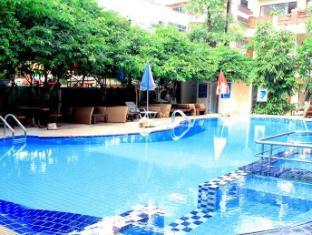 Mermaid's Beach Resort Pattaya - Swimming Pool