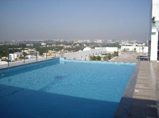 Savannah Hotel Bengaluru / Bangalore - Swimming Pool