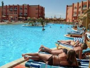 Отель Albatros Aqua Vista Resort & SPA класс отеля 4 звезды.