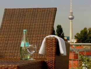 Upstalsboom Hotel Friedrichshain Berlijn - Balkon/Terras