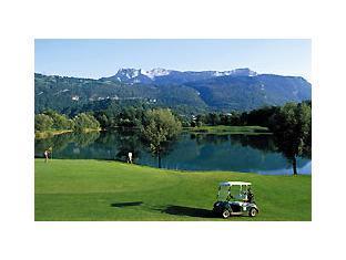 Golf Hotel De Grenoble Grenoble - Golf Course