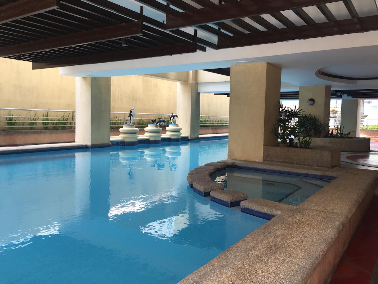 1 Bedroom Apartment Next to Greenbelt - Hotels and Accommodation in Philippines, Asia