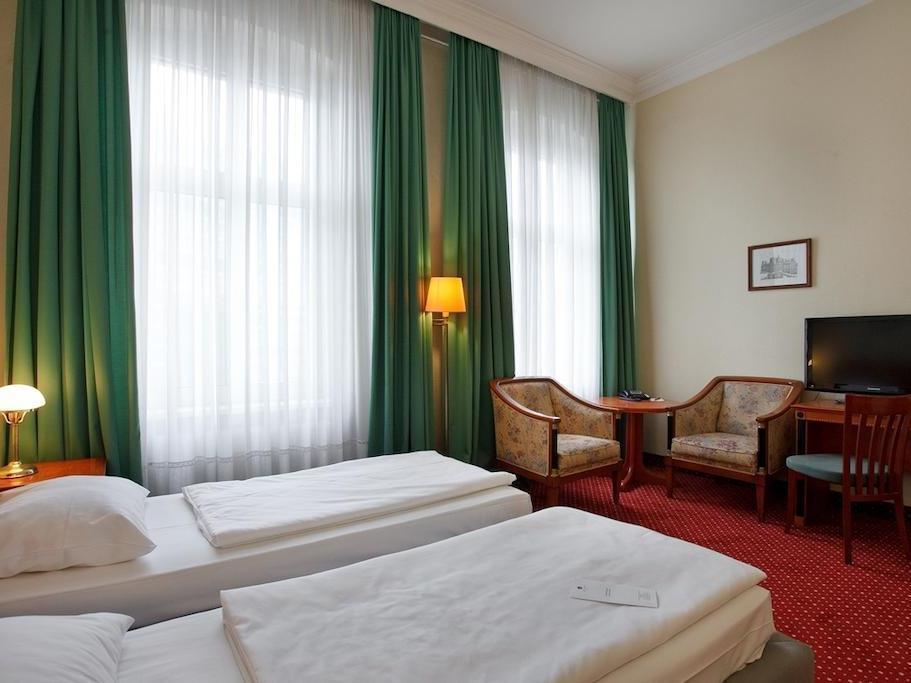 AZIMUT Hotel Berlin Kurfuerstendamm - Hotell och Boende i Tyskland i Europa