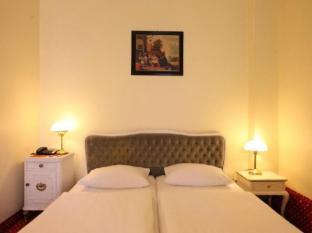 AZIMUT Hotel Berlin Kurfuerstendamm Berlin - Guest Room