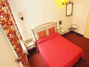 Hotel Royal Bel Air Parijs - Gastenkamer