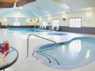 Carriage Ridge Resort At Horseshoe Valley Barrie (ON) - Swimming Pool