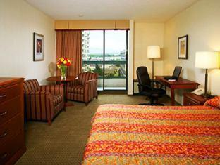 Sheraton Vancouver Airport Hotel Richmond (BC) - West Tower Room