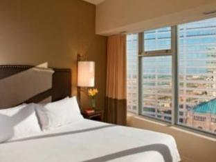 One King West Hotel and Residence Toronto (ON) - Guest Room