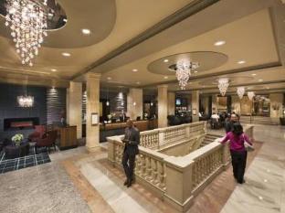 One King West Hotel and Residence टोरंटो (ON) - लॉबी