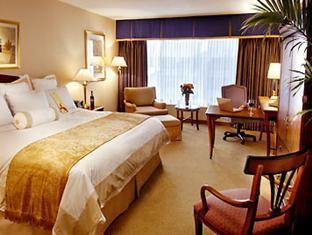 Marriott Toronto Bloor Yorkville Hotel Toronto (ON) - King Guest Room