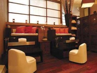 Cosmopolitan Toronto Centre Hotel and Spa Toronto (ON) - Lobby