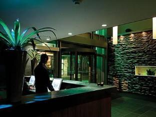 Cosmopolitan Toronto Centre Hotel and Spa Toronto (ON) - Reception