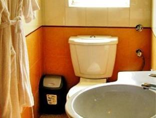 Aldeia Santa Rita Hotel North Goa - Phòngtắm