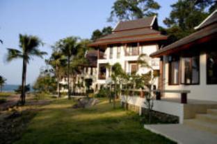โรงแรมรีสอร์ทกุญชระบุรี รีสอร์ท สปา แอนด์ เซลลิ่ง คลับ โรงแรมในเกาะช้าง (ตราด)