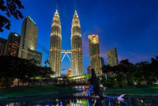 Petronas Twin Towers - A 10.0 km