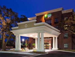 Holiday Inn Express Hotel & Suites Mount Pleasant