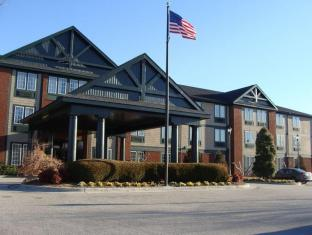 Holiday Inn Express & Suites Wallace-Hwy 41