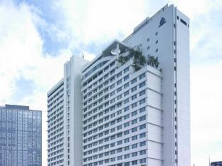 New World Makati Hotel