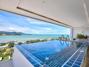 Serene Penthouse 3 Bedrooms With 180 Degrees Sea View