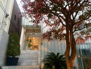 Yotsuya Mayflower House
