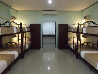 Lanta Long Beach Hostels