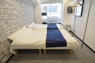 MI 1 Bedroom Apt near JR Osaka station Umeda S402