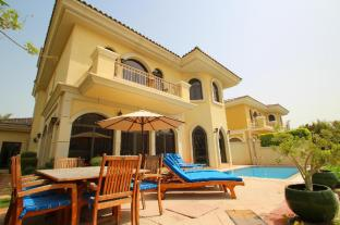 E&T Holidays Homes - Frond A Villa