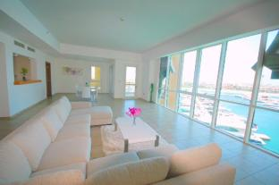E&T Holiday Homes - Marina Residences 6