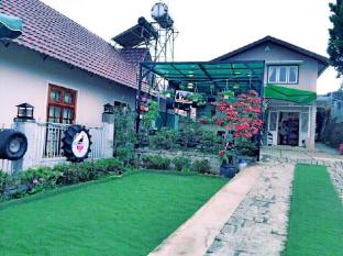Big Mouth Homestay