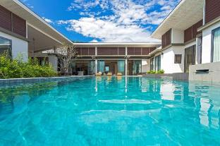Casabay Luxury Pool Villas