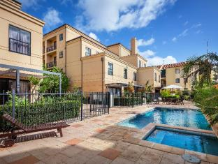 Best Western Northbridge Apartments