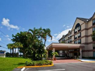 Holiday Inn Express Fort Lauderdale North - Executive Airport