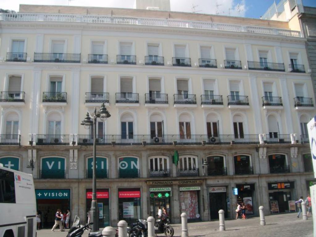 Puerta del sol rooms madrid ofertas de ltimo minuto en for Puerta del sol madrid mapa
