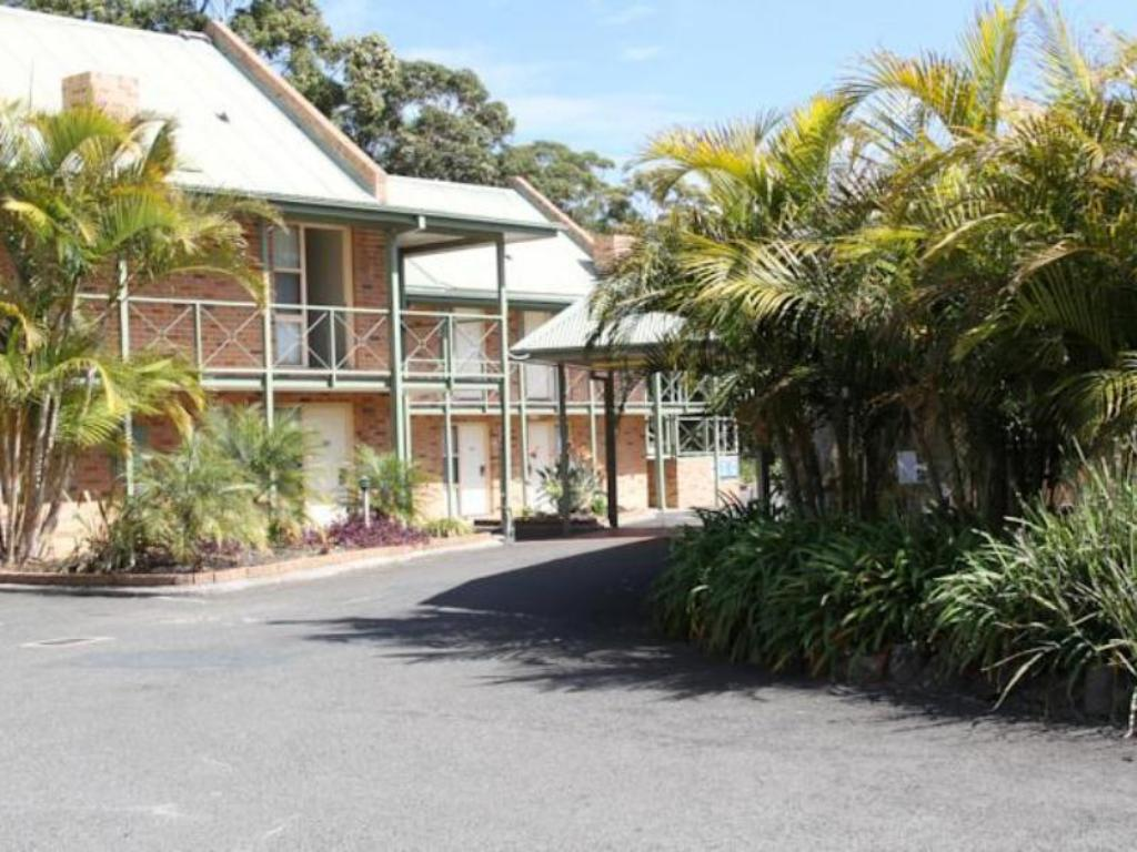 Best price on fairway house in wollongong reviews for Fairway house