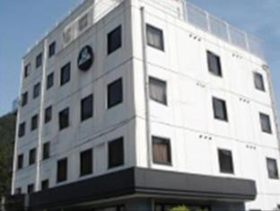 Business Hotel Gujohachiman Inter